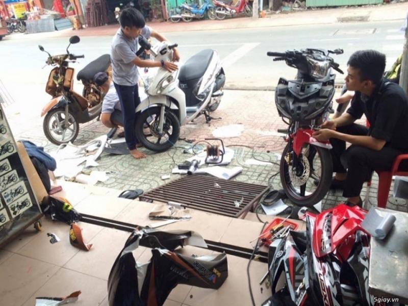 Địa chỉ dán keo xe, decal xe máy Hồ Chí Minh -Cường Decal Trang Trí Xe Máy