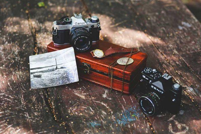 TOP 10 Máy ảnh compact chống nước giá rẻ tốt nhất 2018