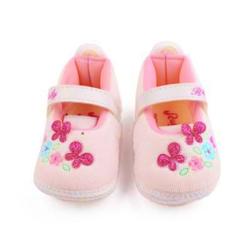 Thương hiệu giày dép trẻ em tốt nhất Việt Nam -Royale Baby