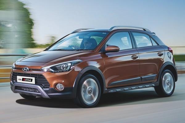 Xe ô tô 5 chỗ dưới 700 triệu -Hyundai i20 Active 2017